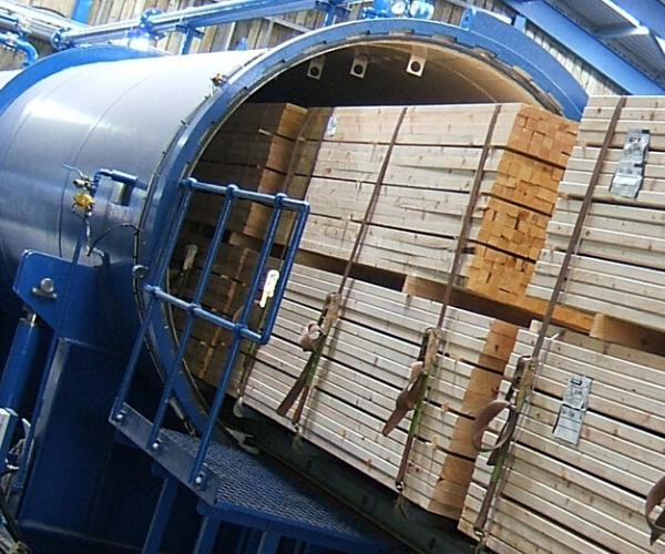Pinewood pallets wood treatment